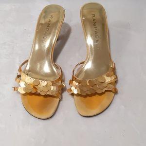 Heel sandal size 8M